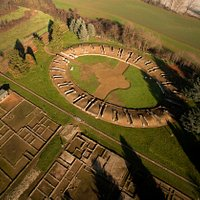 Anfiteatro e domus (foto di Max Dorigo)