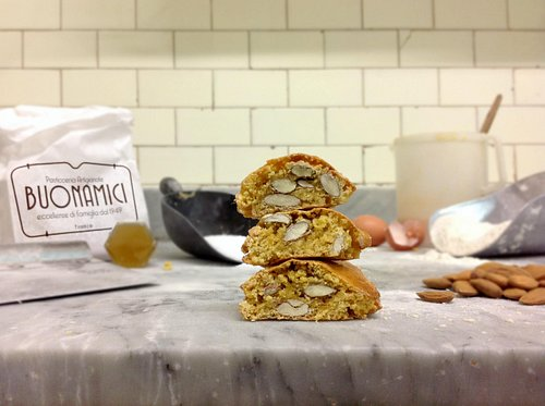 Learn to make Italian cantucci from scratch!