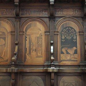 particolare stalli del coro di Biagio De'Marchi