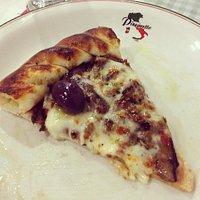Pizza de shitake e shimeji com borda de catupiry