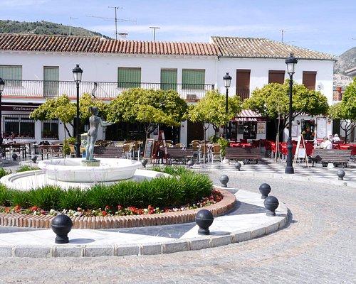 Square in Benalmadena Pueblo
