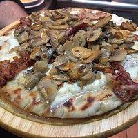 Pita pizza vari gusti a volontà....