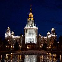 Ночной МГУ