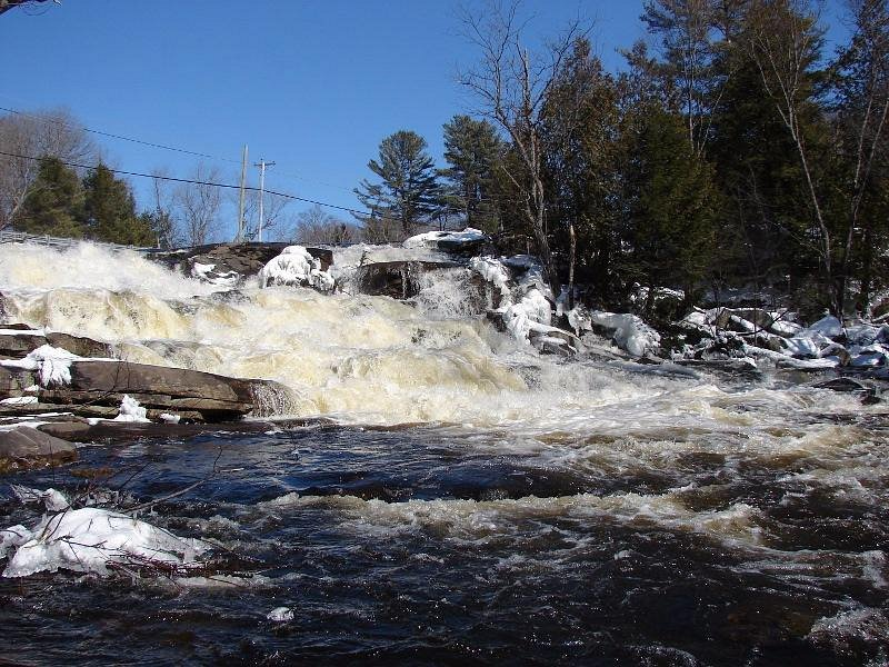 lower rousseau falls