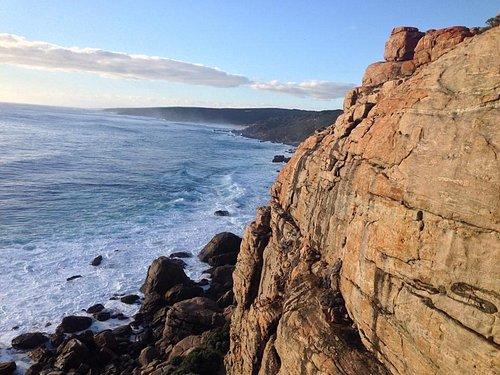 Wilyabrupt sea cliffs