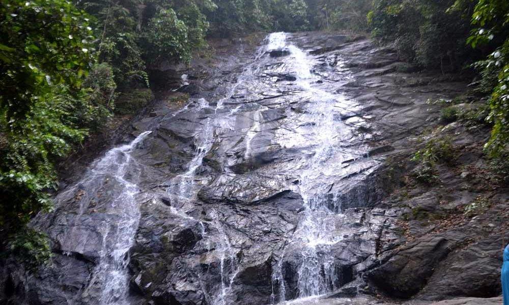 первый уровень водопада