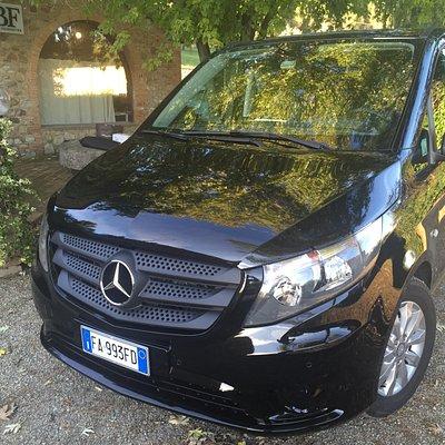 Mercedes minivan 9 seats