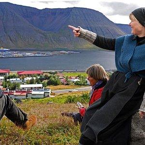 Ísafjörður Guide at work