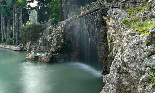 Grotta con idromassaggi