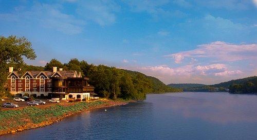 Inn of the Delaware River