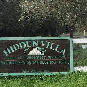 Sign at front gate of Hidden Villa