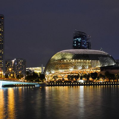 Marina Bay view from Merlion Park, Singapore.