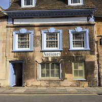 St Georges Antiques Stamford