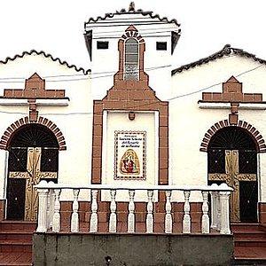 Es la fachada del Santuario Mariano