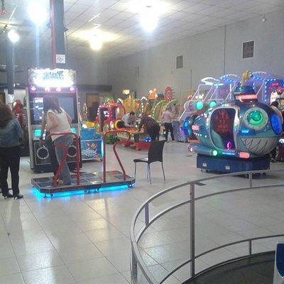 SP Diversoes salao de brinquedos