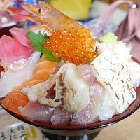 女川丼大盛り(1400円)