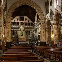 La nef unique de l'église