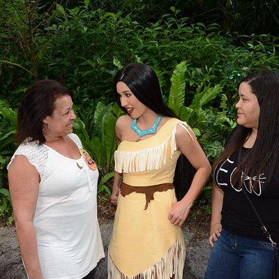 Altas conversas comparando nossas tribos ^^