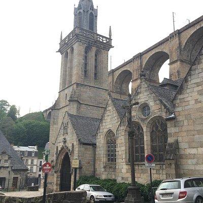 Eglise Saint-Mélaine
