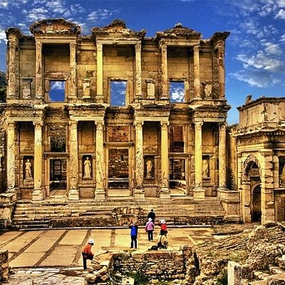 Efes Gezisi ulaşım,rehber,örenyeri giriş bileti,öğle yemeği dahil günü birlik tur