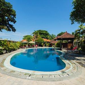 The Main Pool at the Gazebo Beach Hotel