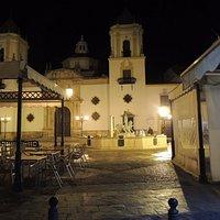 Plaza e Iglesia del Socorro