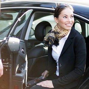 aDriver Aluguel de Carro com Motorista