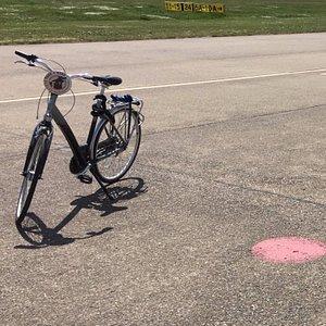 Lekker op de fiets naar Tempelhofer Feld.