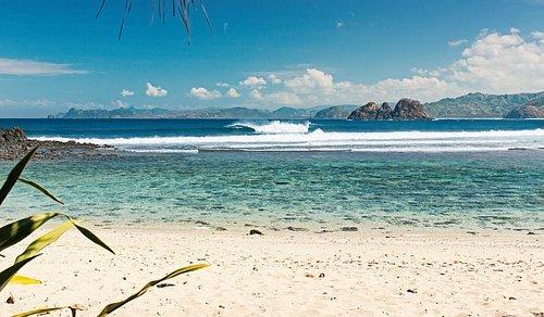 Jajaran Panatai Sekotong Dari Mawi