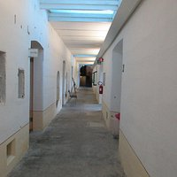 un corridoio all'interno del forte