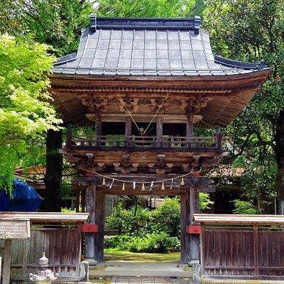 満願寺楼門