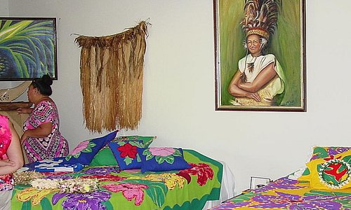 The Queens portrait , special cook island quilts among other things.