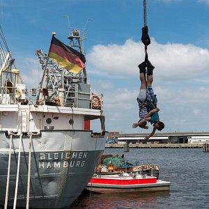 Tandem Bungee Jumping in Hamburg