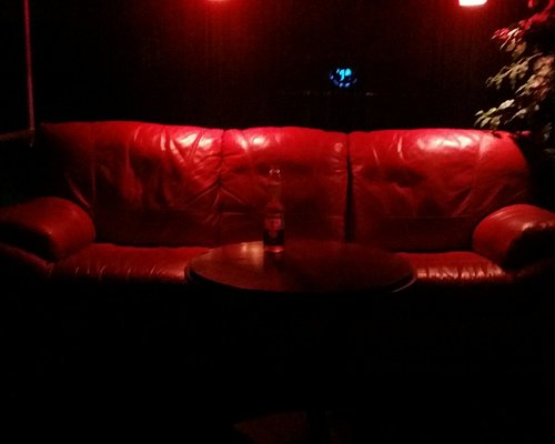 I love this couch! :)