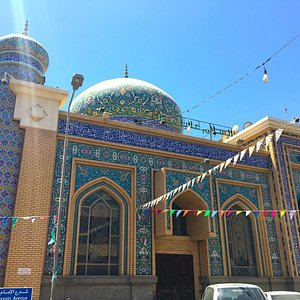 Beautiful mosque on Emam Hussain Avenue, we found this accidentally whilst wandering around.