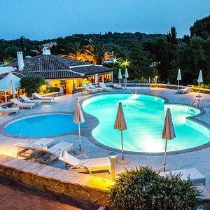 La piscina dell'Hotel Nobaru