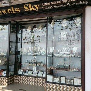 Jewels Sky
