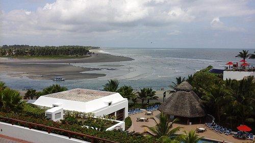 Vista de una parte de la isla desde el hotel decameron