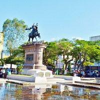 バリオス広場の眺め