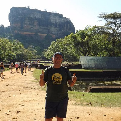Thumbs up - at Sigiriya