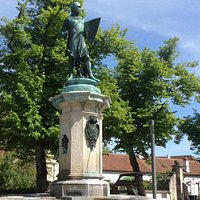 Памятник Людвигу IV Баварскому