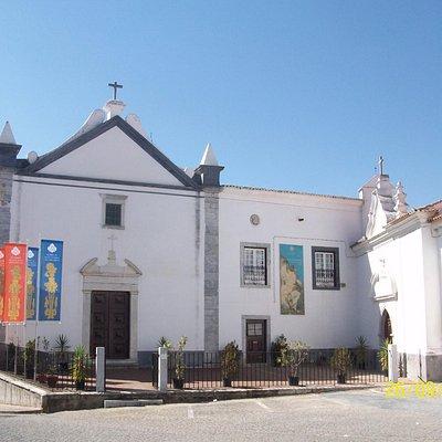 Es uno de los Santuarios más antiguos de Beja, fundada en el S. XIII.