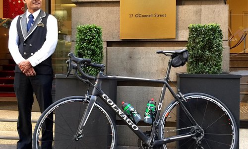 Livelo road bike delivered to concierge staff at Sydney Hotel