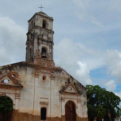 La ruine de l'église