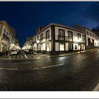 Rua de Sa at night