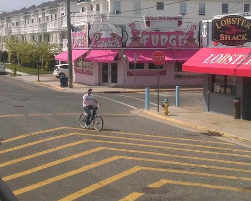 Laura's Fudge shop view from Boardwalk.