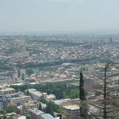 Вид из парка Мтацминда
