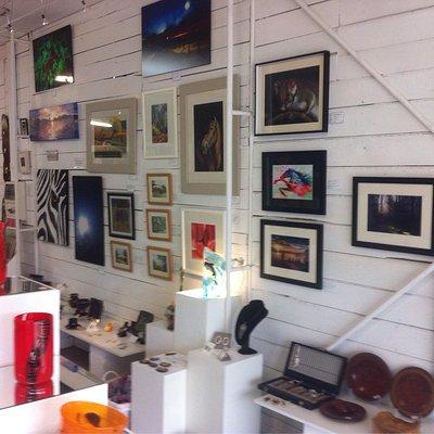 Willunga Glass Studio and Off The Slate co-op Art Gallery