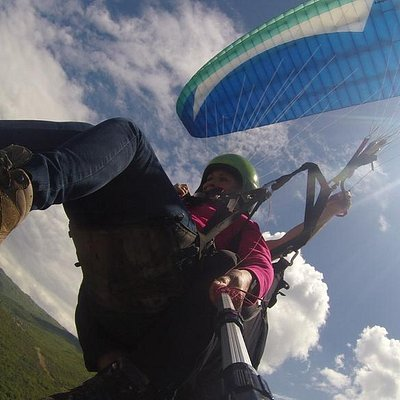 Photos and Video with GoPro for free with FlyOhrid Paragliding
