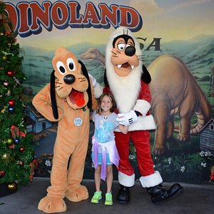 Pluto, Goofy and my oldest daughter!